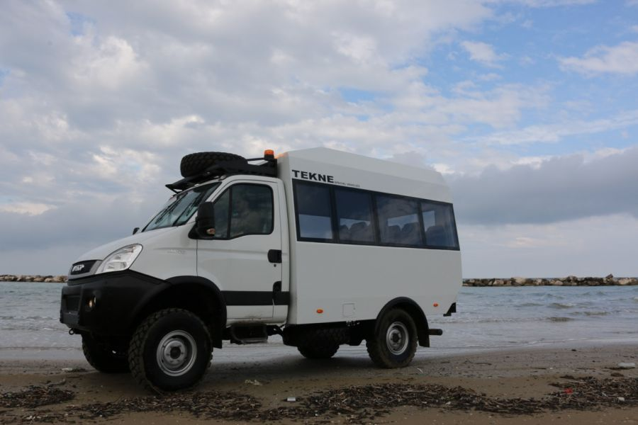 Staff Carrier 14 Iveco Daily 4x4 Tekne Modenabus